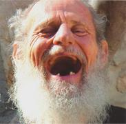 israel-old-man-laughing